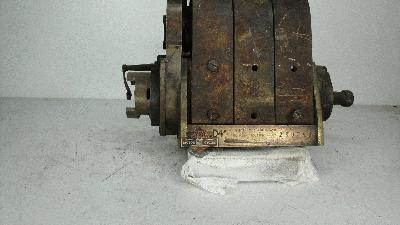 MAGNETO BOSCH TYPE D4 INCOMPLETA COCHE / TRACTOR / CAMION  AÑOS 1905 A 1910
