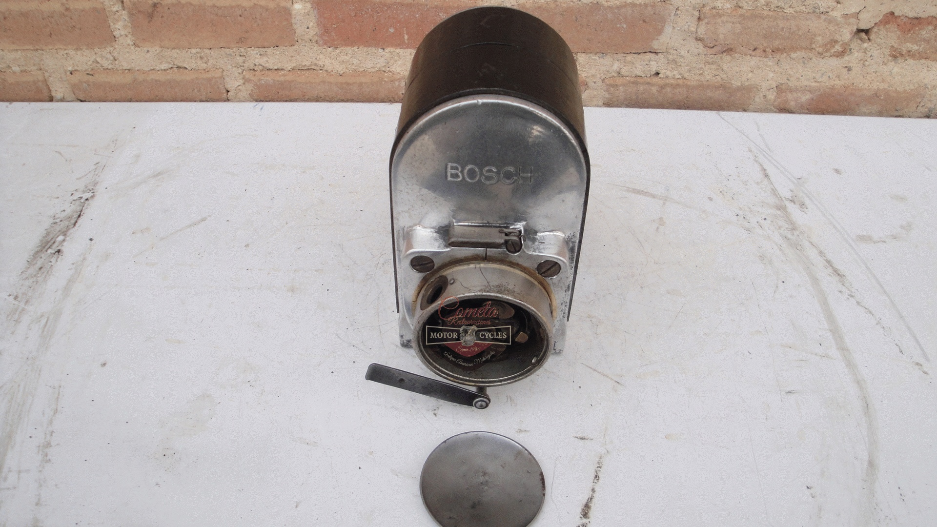 MAGNETO BOSCH ZE2  180°  NORTON /  BROUGH  SUPERIOR / BSA / COVENTRY EAGLE / ZENITH / AJS / ARIEL